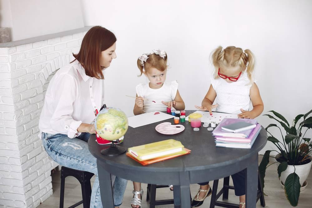 幼稚園教諭のお給料を大調査!!年収やボーナスを上げる3つの方法
